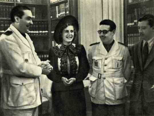 Leni Riefenstahl en una visita para estrechar lazos con altos cargos del régimen de Franco